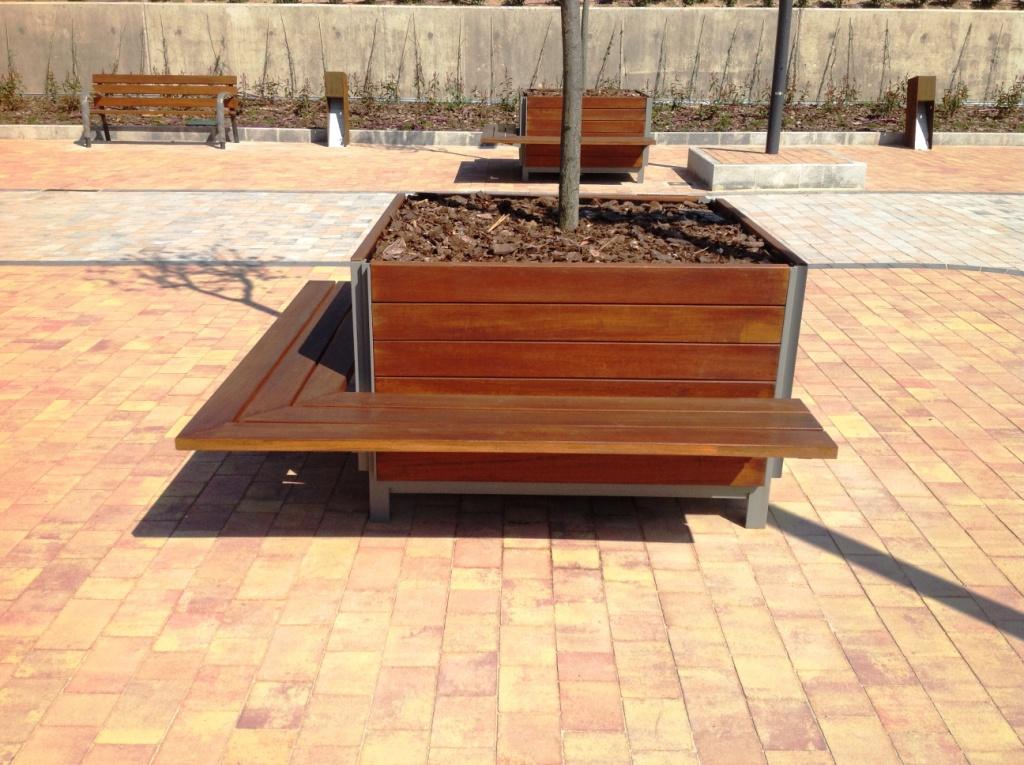 Jardinera Plaza