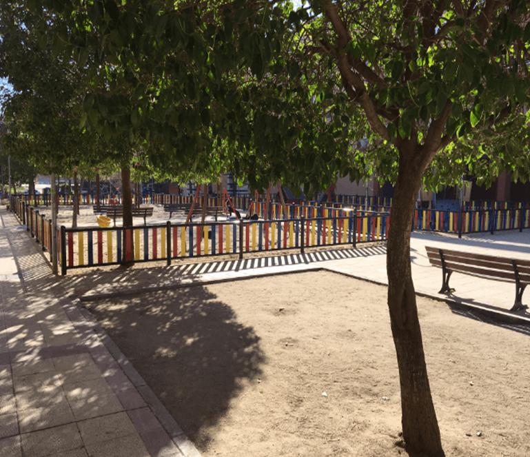 El Ayuntamiento de Pinto adjudica a Urbadep la sustitución del vallado infantil en tres de sus parques infantiles.