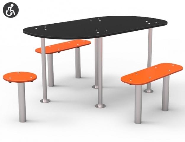 Mesa adaptada para parques infantiles